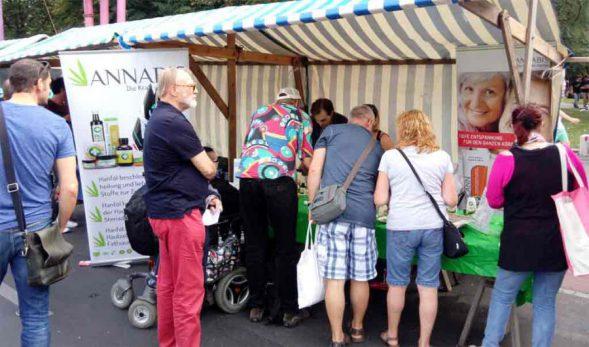 Annabis Marktstand bei der Hanfparade